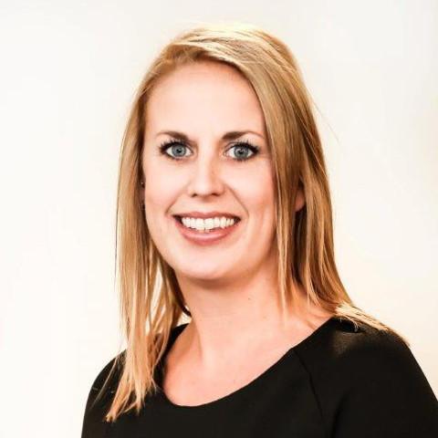Tabita Hildebrandt, Eye Networks Office Manager